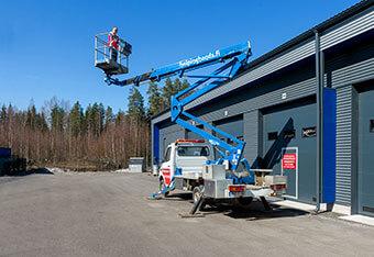 Nostokoriauton työskentelykorkeus on jopa 20 metriä